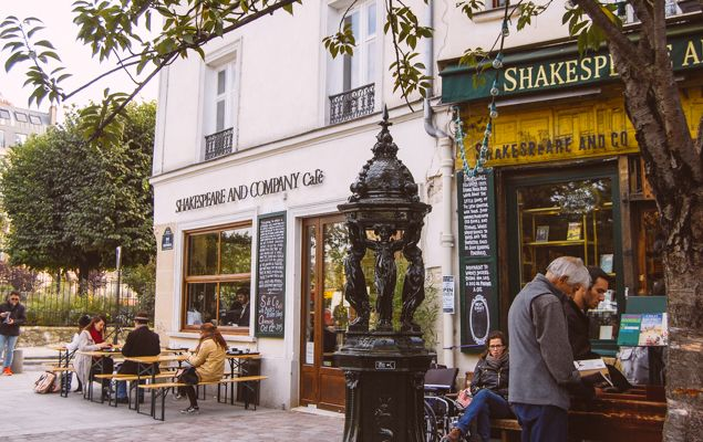 Shakespeare & Company Café - Paris Perfect