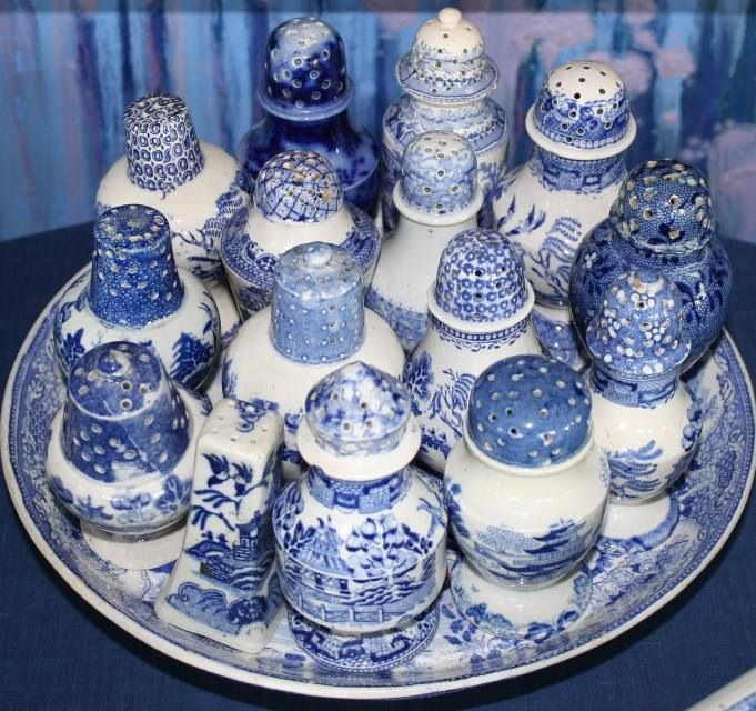 blue & white salt & pepper shakers