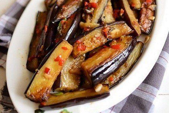 Баклажаны в остром чесночном соусе