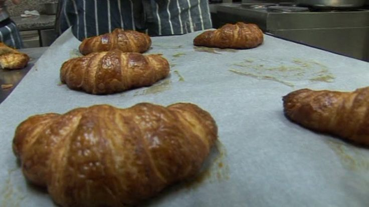 SAVEURS HOW TO MAKE FRENCH CROISSANTS WITH JULIEN PICAMIL FORM DARTMOUTH UK