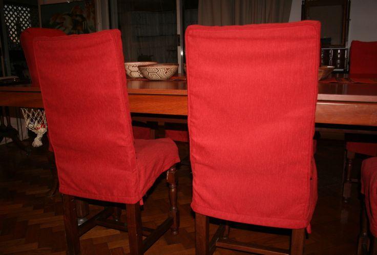 Sillas vestidas fundas para sillas de comedor detalles for Fundas para sillas comedor