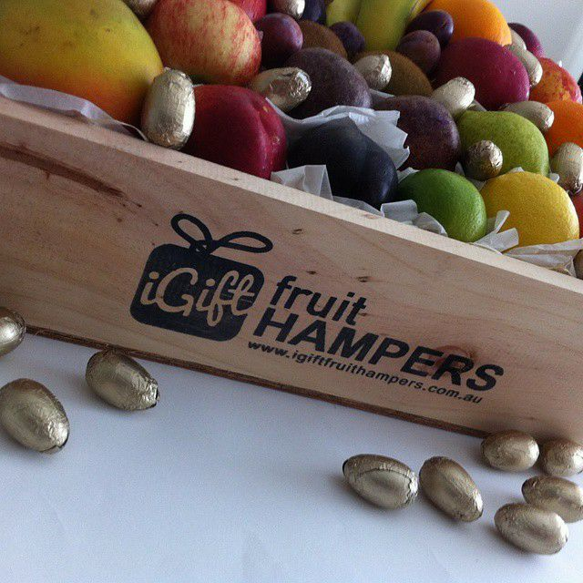 12 best easter images on pinterest easter hampers fruit box and a bubbly wine chocolate fruit gift hamperfree shipping australia fruithampersfruithampergifthampers hampersaustralia baileys baileysgift gifts negle Gallery