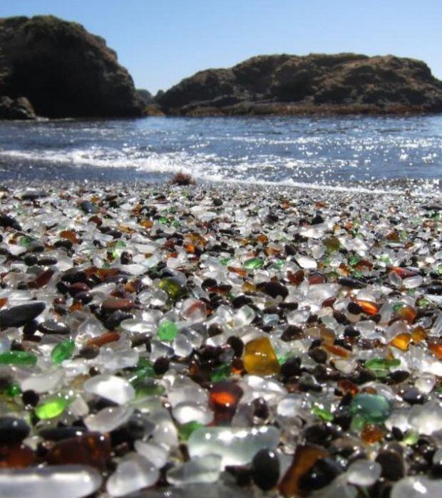 Glass Beach, der Glas-Strand von Fort Bragg in Kalifornien