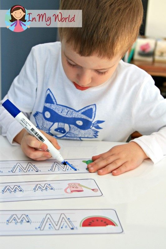 Letter W FREE upper and lower case write and wipe cards. A fun worksheet alternative for handwriting practice.