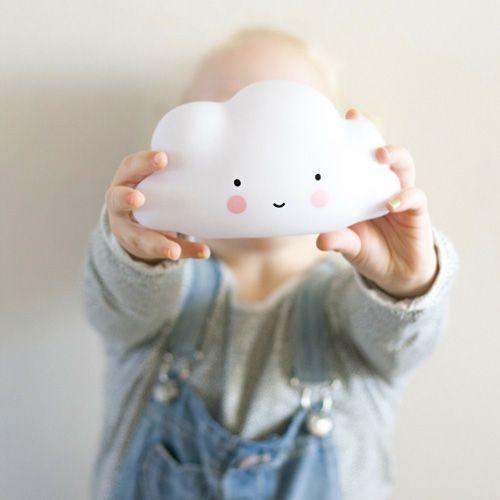 Les jolies veilleuses Mini Cloud & BIG Cloud de A Little Lovely Company sont sur Lesinutiles.fr Belle soirée ♡