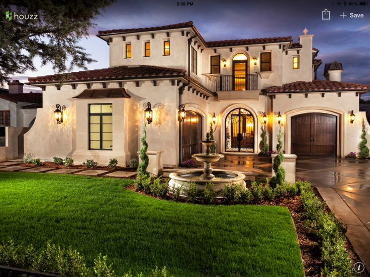 Best 25 mediterranean style homes ideas on pinterest for Mediterranean style exterior