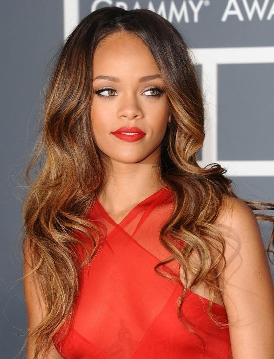 Rihanna sucks. Her hair does not.