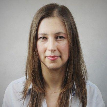 Justyna Górna, mieszka we Wrocławiu, pracuje z kobietami biznesu.
