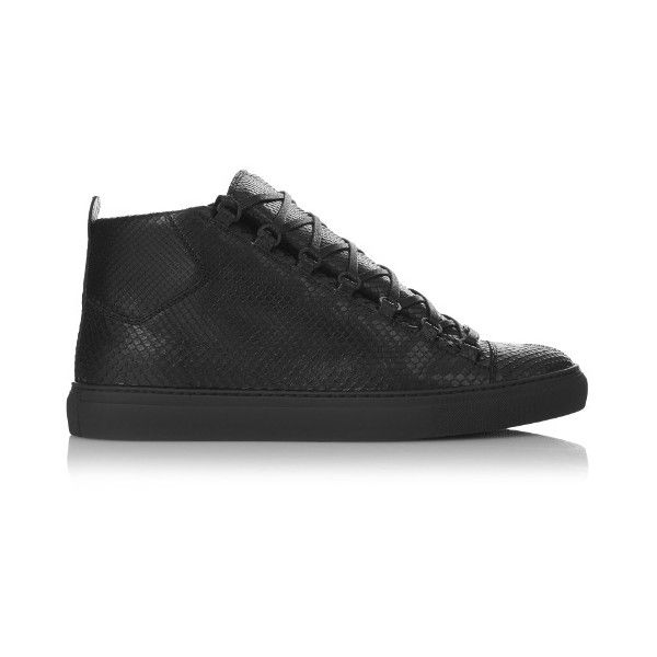 Balenciaga Arena high-top python trainers (2 100 175 LBP) ❤ liked on Polyvore featuring men's fashion, men's shoes, men's sneakers, mens black high top sneakers, mens sports shoes, mens black shoes, mens wide sneakers and balenciaga mens shoes
