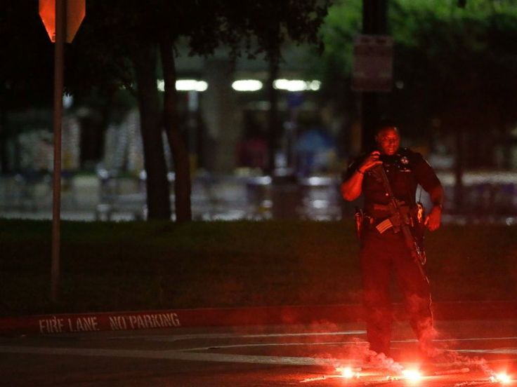Garland Shooting Suspect Elton Simpson's Father Says Son 'Made a Bad Choice'