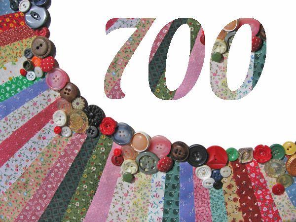 Et voilà, plus de 700 patrons et tutos gratuits de couture sont maintenant répertoriés sur le site ! Merci à tous ceux qui ont déjà ajouté des liens vers leurs tutos de couture à l'annuaire !