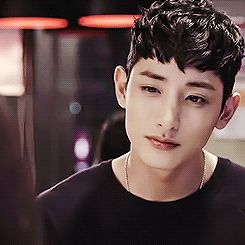 Lee soo hyuk... all he did was blink, but idk if i can make it. -_-