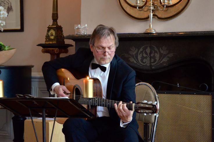 Full House beim Salonkonzert im Fürstensaal - Das Publikum feiert Lajos Tar und das Streichquartett A-Cappella Bohemia aus Düren