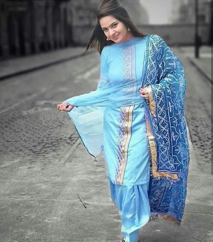 Pin by Kiddu on Patiala suits in 2019 | Indian designer ...