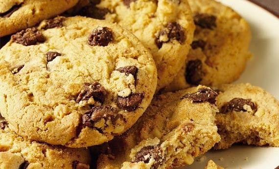 Biscotti senza glutine con gocce di cioccolato – LEITV