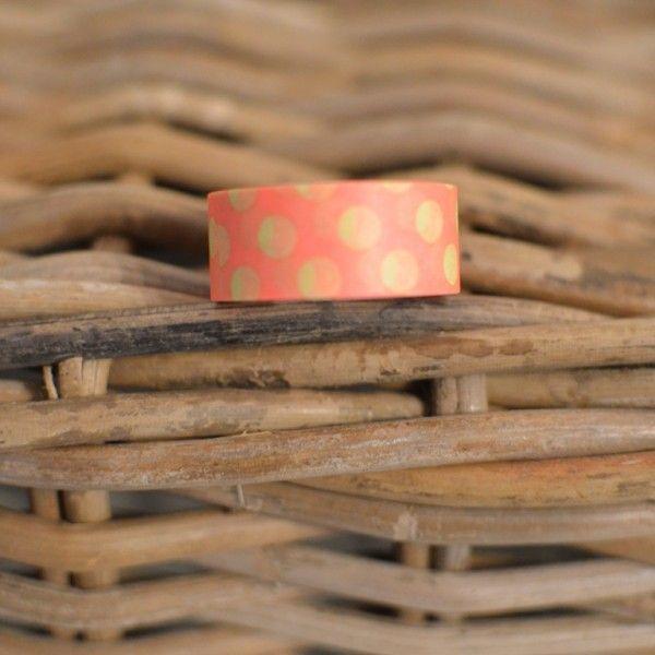 Originální japonská washi páska o rozměrech 15 mm x 7 m. Made in Japan.