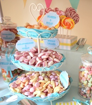 Candy Cart Display cupcake display