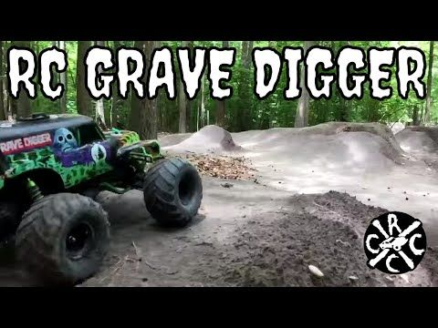 Staged - RC Grave Digger Monster Truck Big Air Bashing