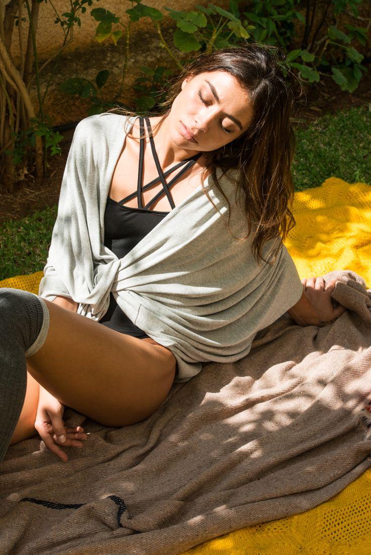 Oversize Deep V Wrap Top - ΡΟΥΧΑ -> Μπλούζες | Made of Grace