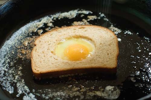 Egg-in-a-hole sandwich by Ree Drummond / The Pioneer Woman