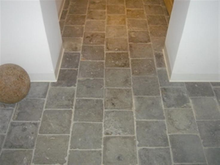 Reclaimed bluestone l vanhuele vloeren sticks stones for Bluestone flooring