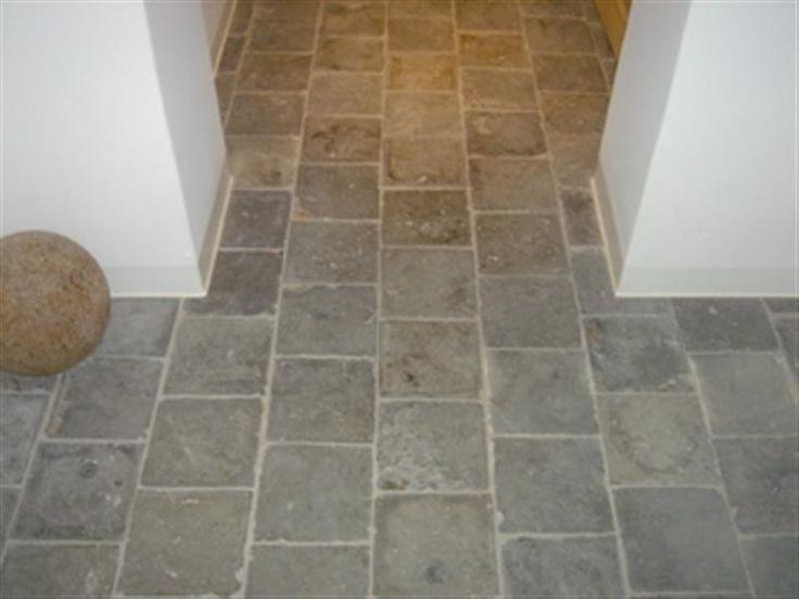 Reclaimed bluestone l vanhuele vloeren sticks stones for Bluestone flooring interior