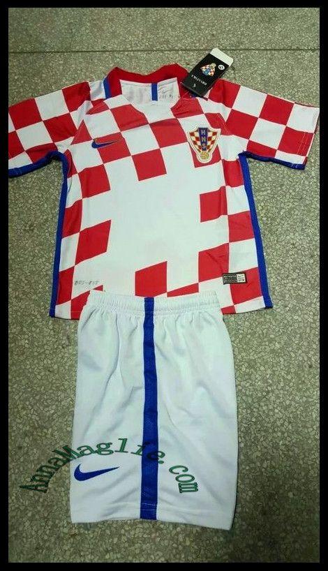Magliette da calcio a poco prezzo 2016/17 Bambino Maglia Croatia rosso http://www.annamaglie.com/magliette-da-calcio-a-poco-prezzo-201617-bambino-maglia-croatia-rosso-p-2890.html