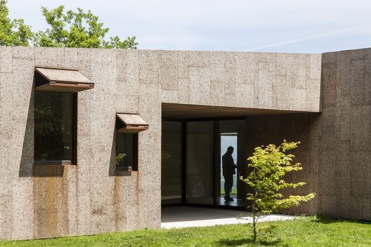 Lagartixa House / Paula Ribas + Gémeo Luís + Nuno Valentim / Ariz, Portugal