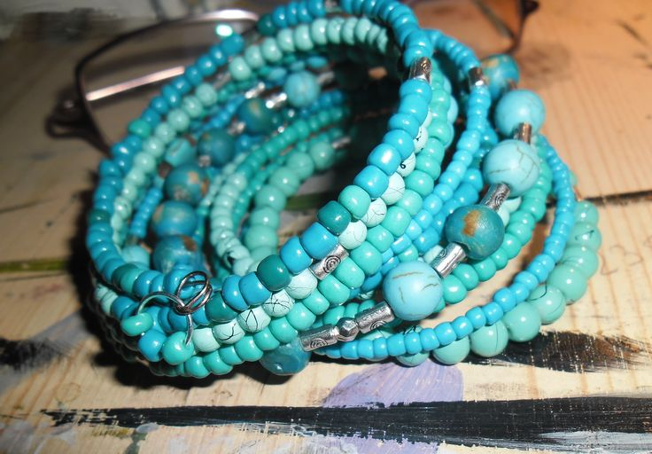 memory wire bracelet - turquoise