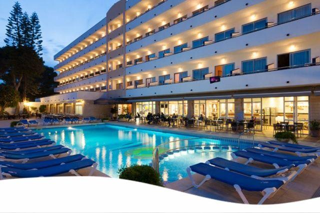 Hotel Mariant, recenze hotelu, dovolená a zájezdy do tohoto hotelu - INVIA.CZ
