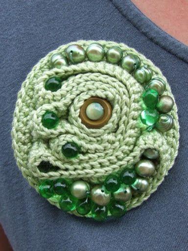 Bead crochet brooch