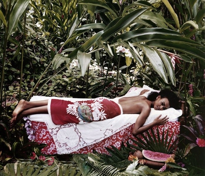 Arthur Elgort Gives Liya Kebede the Gauguin Treatment for US Vogue