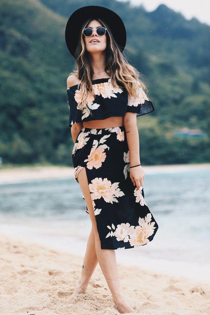 Dulceida: HANDLE BEACH · KAUAI