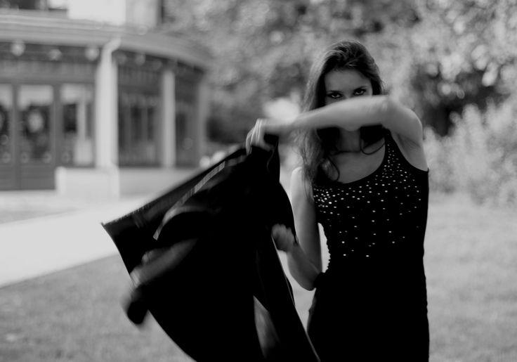photography B&W portrait girl