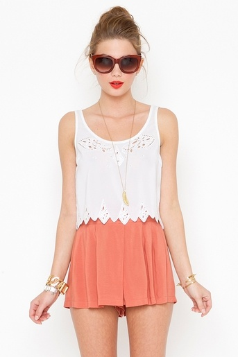 summer: Chic Outfit, Clothing, Summer Colour, Summer Color, Cute Summer Outfit, Styles, Long Silence, Coral Shorts, High Waist Shorts