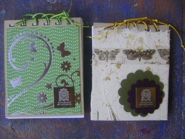Libretas para dar como souvenires  en instituciones y tiendas. Diseños Marta Correa Blog: 321 643 63 84 Cel: 321 643 63 84