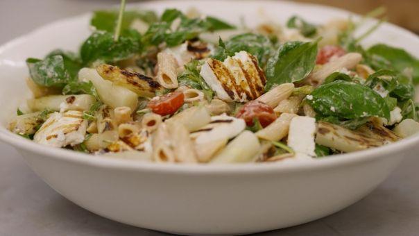 Eén - Dagelijkse kost - pastasalade met gegrilde haloumi en asperges