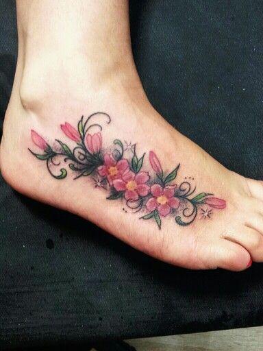 Florzinhas e Ornamentos ... Lorinho Nust Custom Tattoos BH  Contatos : (31) 9477-4781 ou lorinhotattoonust@gmail.com