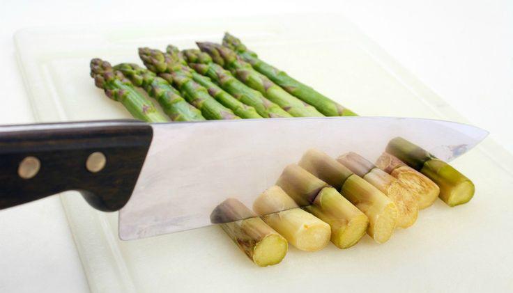 Πανέξυπνο Tip: Κρατήστε τα Κοτσάνια και τις Φλούδες από τα Λαχανικά