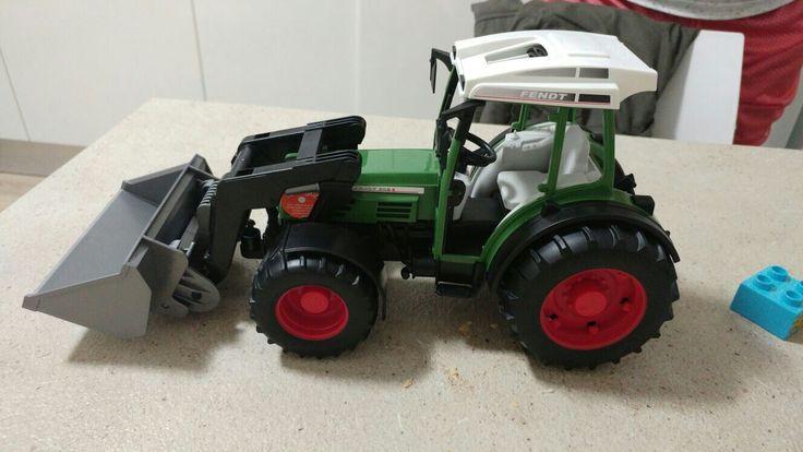 #bruder #fendt #tractor #toys