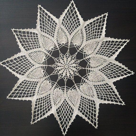 Christmas Star V - Handmade Lace Crochet Doily/Centerpiece/Tablecloth (Gold)