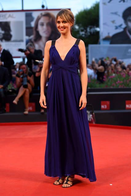 Paola Cortellesi abito blu - FOTO