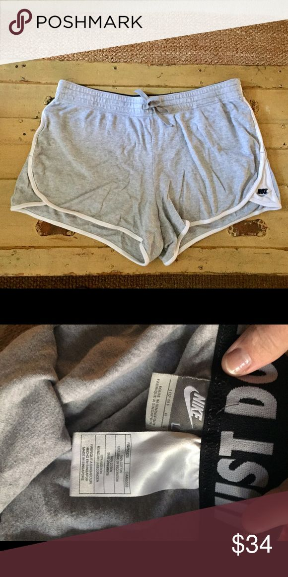 AUTH NIKE Heather gray athletic running shorts L AUTH NIKE BRAND soft Heather gray athletic running shorts WMNS SZ L $58 Nike Shorts