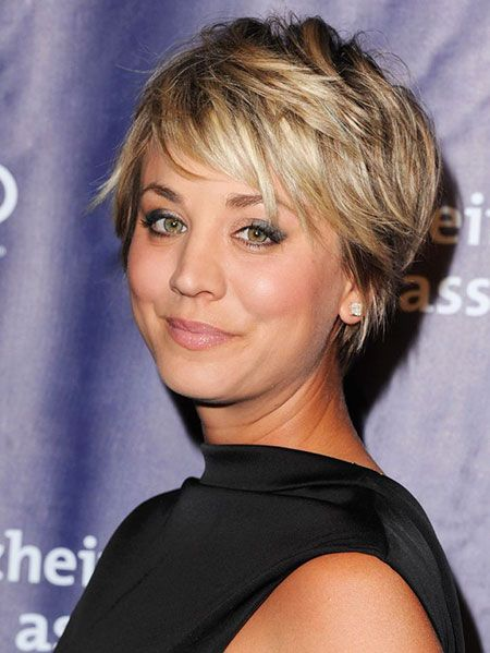 23 Beautiful and Light Hairstyles for Short Hair