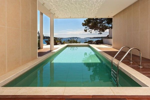 Inside Pool from Luxury Resort Design Overlooking the Beauty Beach in Croatian 600x399 Luxury Resort Design Overlooking the Beauty Beach in Croatian