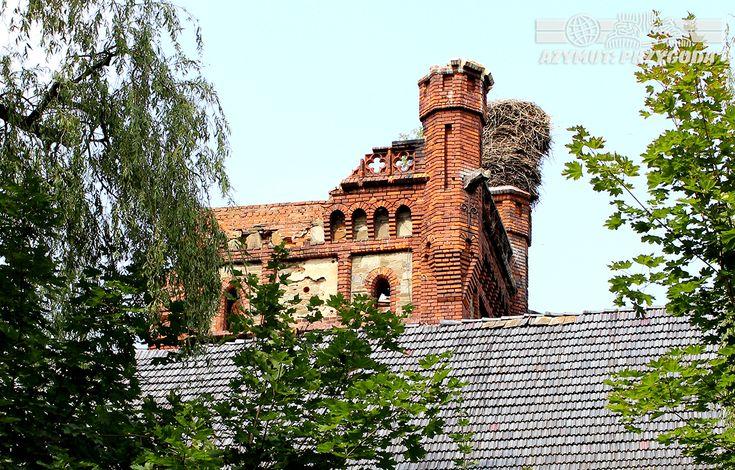 Łąka Prudnicka, czyli generalski pałac samobójców