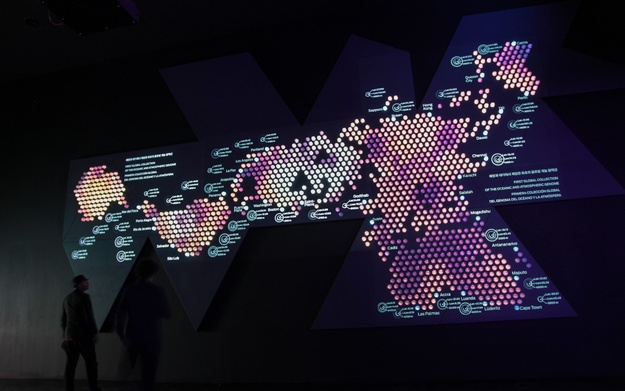Dimaxion  One thousand two hundred water samples arranged in the form of a world map mapped with light show Malaspina II's journey as well as the points where the expedition took water samples and the currents that affect the oceans.