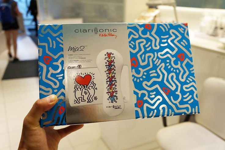 The ultimate facial cleansing brush. #clarisonicmia2 #clarisonic #cleanse #cleansing #mia2  #keithharing http://ameritrustshield.com/ipost/1556608684855234043/?code=BWaL1oDFY37