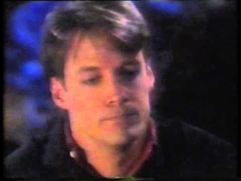 Jack & Jennifer share a kiss in Alamania (1991)