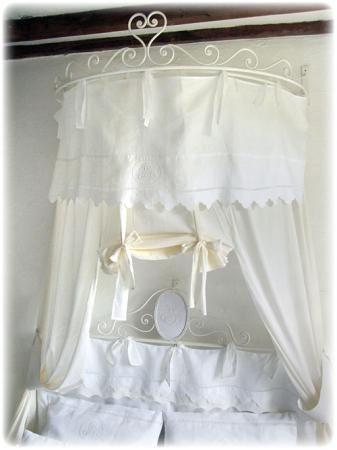 ciel de lit cerca con google french country pinterest shabby canopy and shabby bedroom. Black Bedroom Furniture Sets. Home Design Ideas